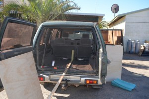 Holden Jackaroo bed conversion - 4 x 4 house with wheels000